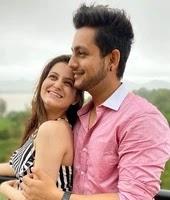 रेवती लेले अपने बॉयफ्रेंड के साथ | revati lele with her boyfriend