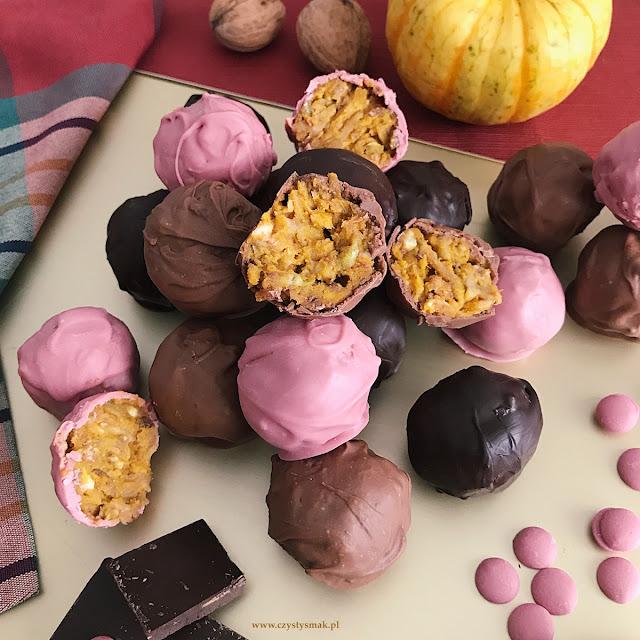 Trufle w czekoladzie rubinowej