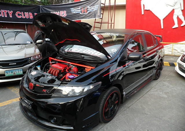 Modifikasi Toyota Vios black