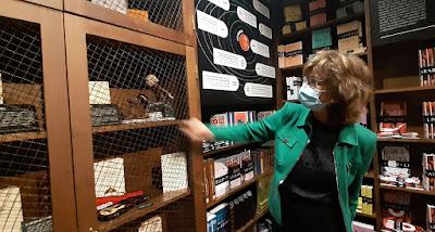 Pilar del Río a mostrar objetos pessoais de José Saramago