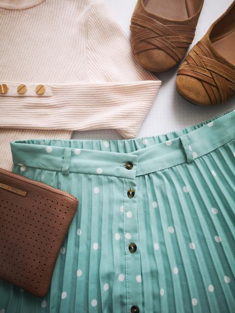 outfit falda lunares