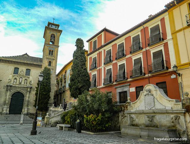 Plazoleta de Santa Ana, Carrera del Darro, Granada