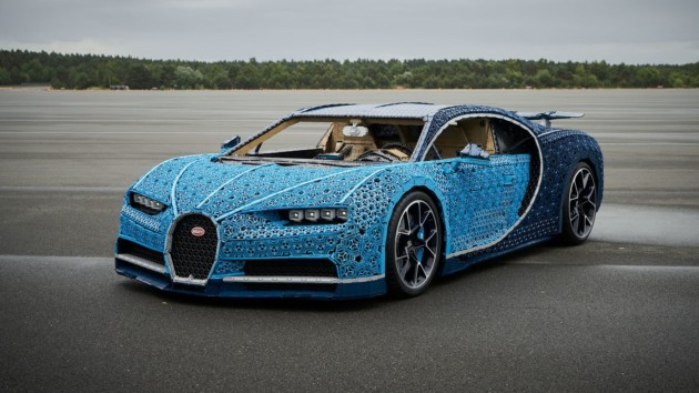 https://thegeektools.com/2018/09/bugatti-chiron-made-in-lego-technic.html