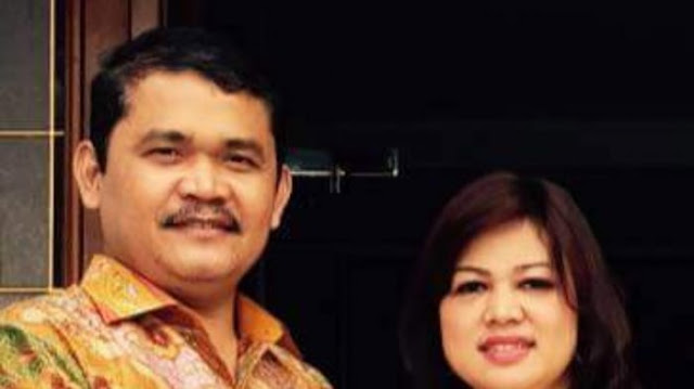 Rinawati Sianturi dan sang suami, Samsudin Siregar, anggota DPR RI Fraksi Hanura