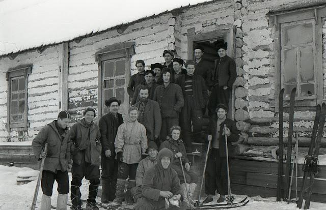 Dyatlov Geçidi; Rus Dağcıların Tırmanış Hazırlığı