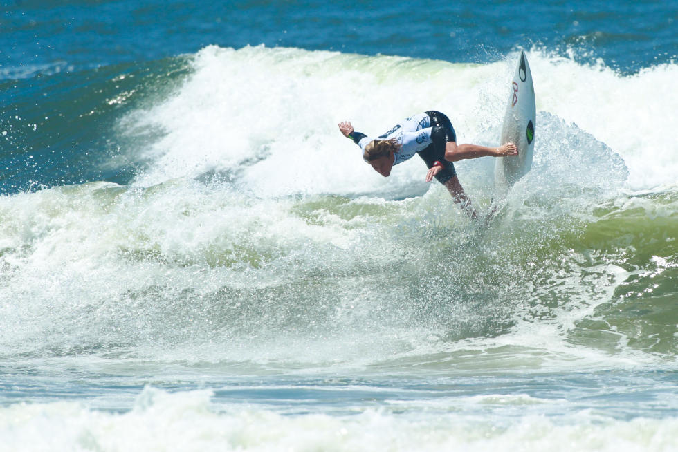1 Thomas Debierre GLP Junior Pro Espinho foto WSL Laurent Masurel