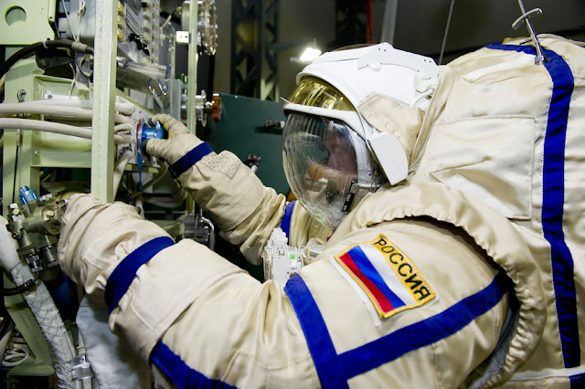 Космонавта на МКС оштрафовали за нарушение режима самоизоляции