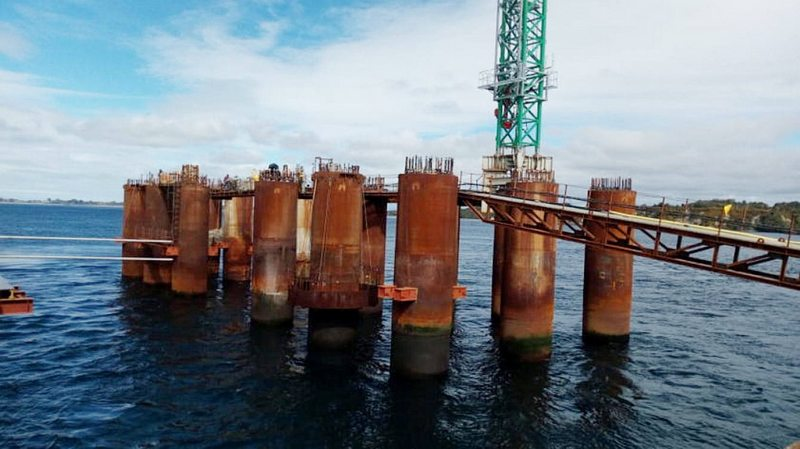 Hyundai paraliza las obras del Puente Chacao