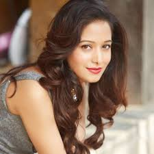 Preetika Rao Family Husband Son Daughter Father Mother Age Height Biography Profile Wedding Photos