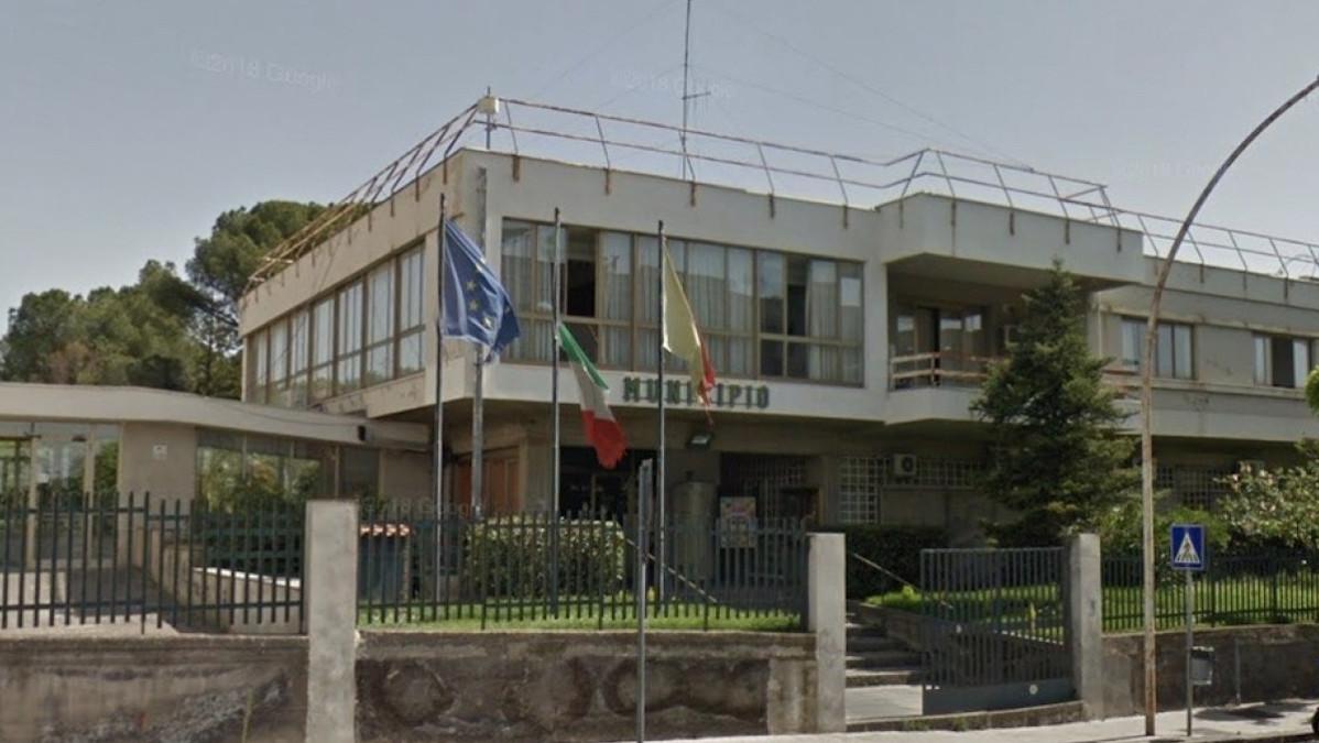 Scuole chiuse a Sant'Agata li Battiati