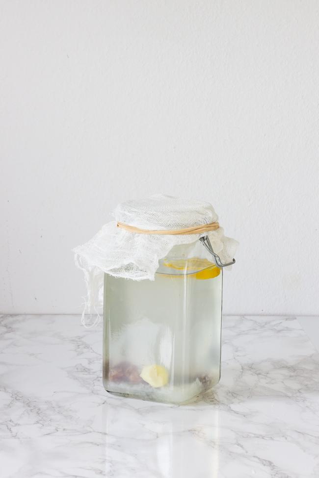 preparación-kefir-agua