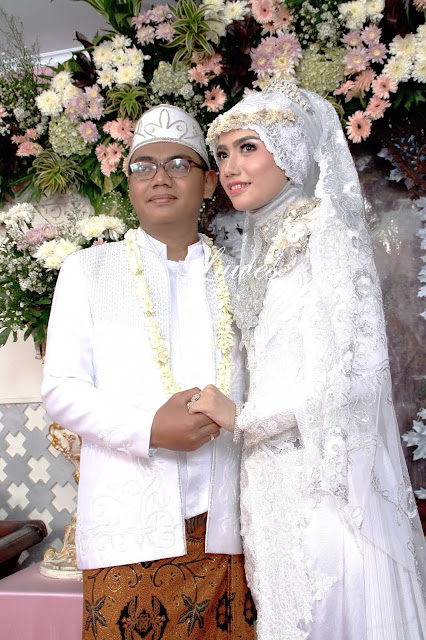 Rias pengantin muslimah hijab modern