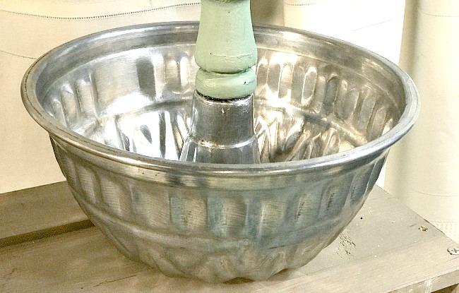Baking Pan Pedestal Planter