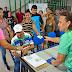 Programa 'Abraço Solidário' realiza a entrega de cestas básicas e kits de fraldas a beneficiários