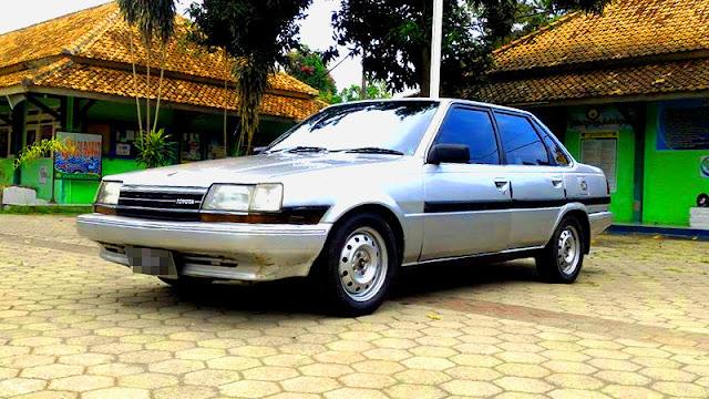 Toyota Corona GL