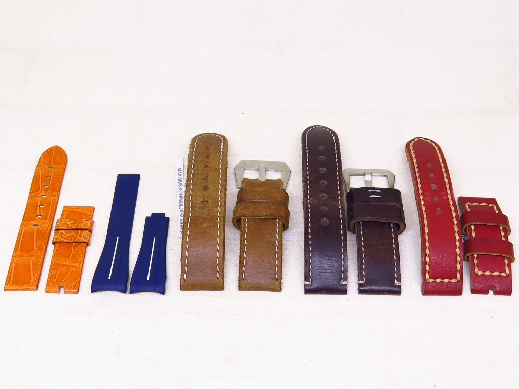 9 - STRAPS GENUINE LEATHER AN RUBBER STRAP 20MM 21MM 26MM 24MM - CODE SO1/1 SR1/1 S26 1/2 SM24/1