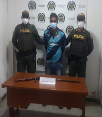 https://www.notasrosas.com/Por diferentes delitos, Policía Cesar realiza capturas en La Gloria y Valledupar