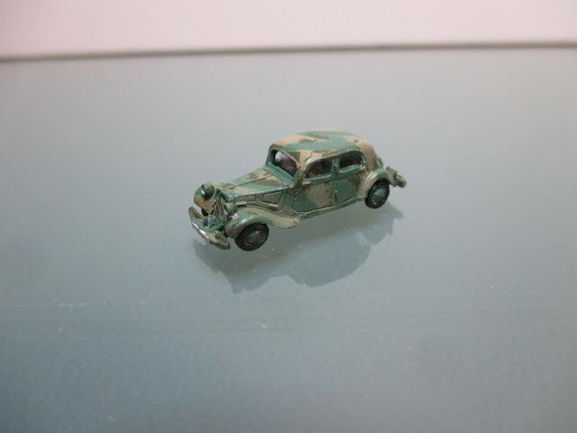 1/144 Citroen Traction Avant diecast metal aircraft miniature