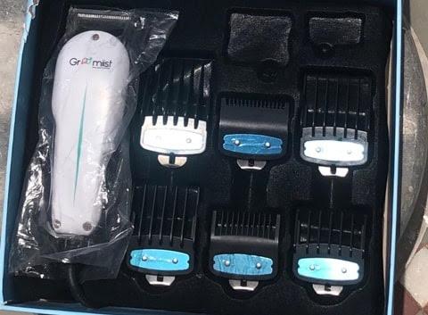 Accessories of Groomiist SST-786E trimmer.