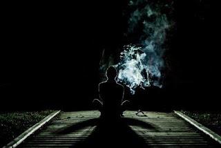 Nikotin Digunakan Sebagai Pengobatan Diri, merokok untuk menghilangkan depresi, penyebab kecanduan merokok karena untuk pengobatan, merokok sendirian, merokok untuk ketenangan, penyebab merokok untuk pengobatan, penyebab merokok untuk menghilangkan depresi