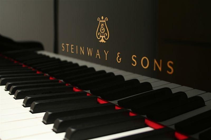 dan piano steinway & son