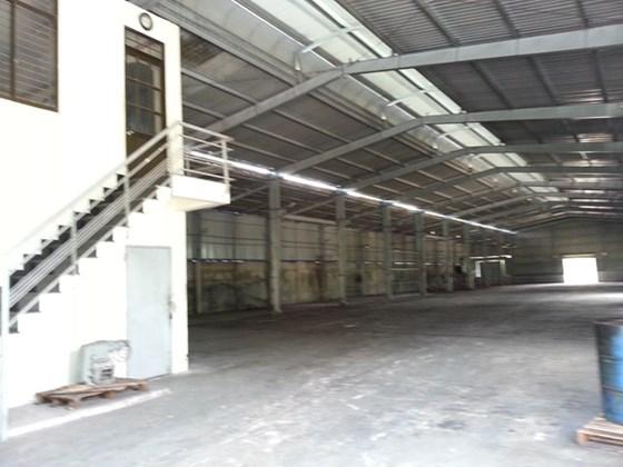 Cho thuê kho xưởng 1000m2 giá 55tr/th đường Tô Ngọc Vân, Quận 12
