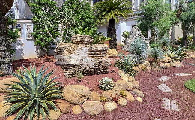 taman batu alam