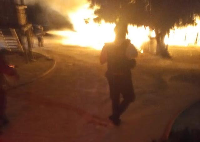 Expediente Quintana Roo: Se incendian tres palapas en Playa Langosta de la  zona hotelera de Cancún
