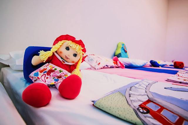 Δωμάτιο ύπνου με σύγχρονο εξοπλισμό στον Παιδικό σταθμό Κρανιδίου