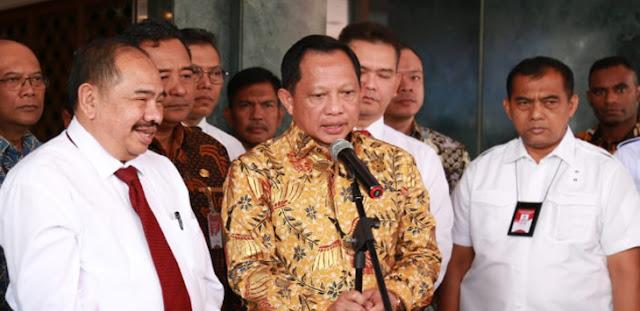 Tito Karnavian Dibalas Nyelekit Gara-Gara Bilang Petahana Gagal Tangani Covid Jangan Dipilih Lagi