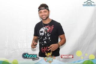 Luto Vocalista Tay da banda Chicana morre em acidente de carro na BR-116