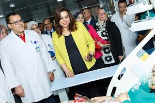 محافظ دمياط تزورالمستشفى التخصصى والعام لتهنئة المرضي بالعيد.