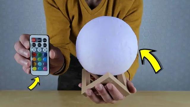 وصلني قمر مضيء ثلاثي الأبعاد - يشبه قمر حقيقي