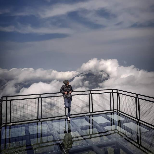 Lokasi dan Tiket Masuk Awang Awang Sky View Magelang di Gunung Telomoyo