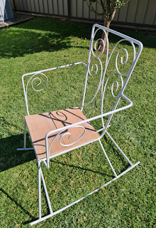 Retro metal outdoor patio furniture upcycling DIY project tutorial