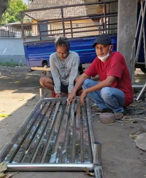 Pengusaha Muda Asal Kota Situbondo, Berikan Bantuan 7 Unit Keranda