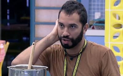 Gilberto desiste de votar em Rodolffo e define novo alvo no BBB21