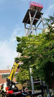 Xe thang nâng tự hành nâng người làm việc trên cao 22 m