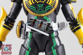 SH Figuarts Shinkocchou Seihou Kamen Rider OOO TaToBa Combo 19