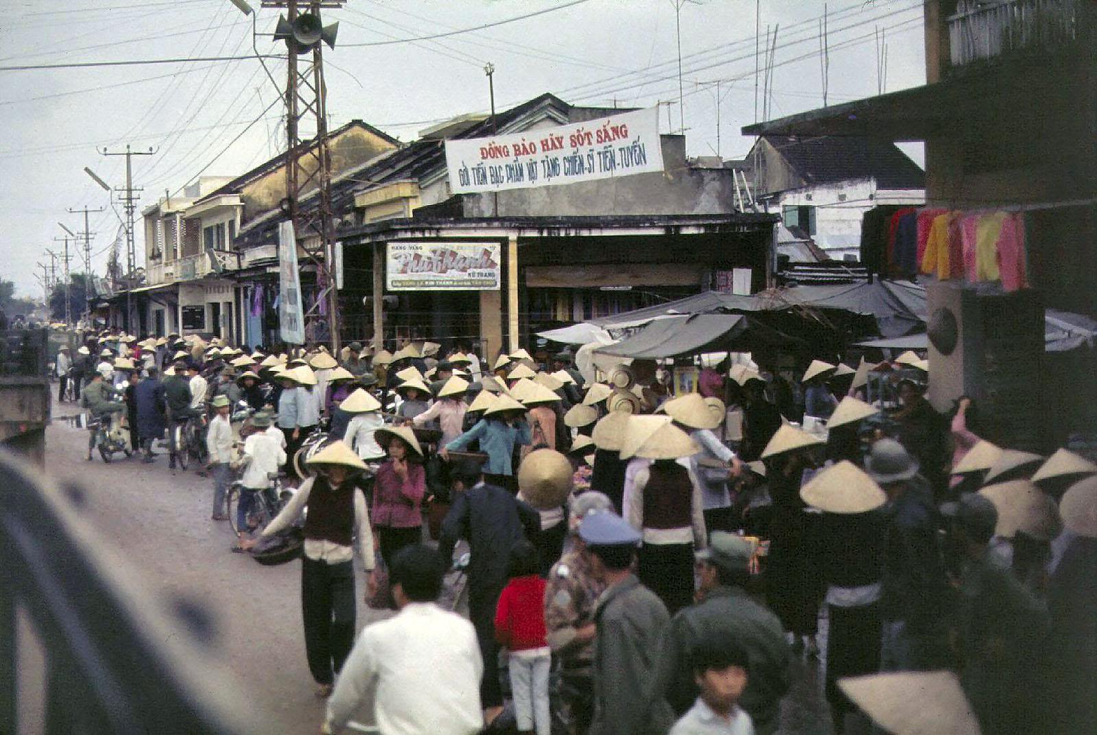 Hoài niệm Tam Kỳ xưa qua những bức ảnh film quý giá