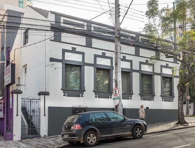 Outra bela casa antiga no São Francisco