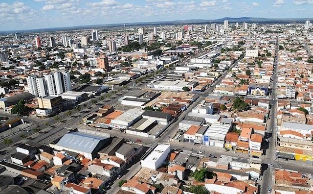 Prefeito de Feira de Santana decide manter comércio e escolas fechados