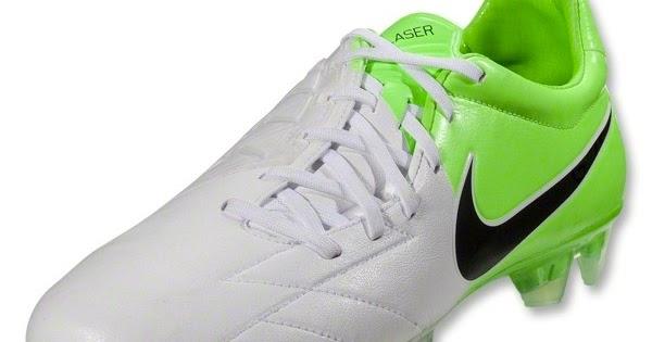 Sustancialmente Reino Palabra  El blog sobre Fernando Torres, The Kid of Atletico de Madrid: Torres  presenta sus nuevas botas Nike Total 90 2012