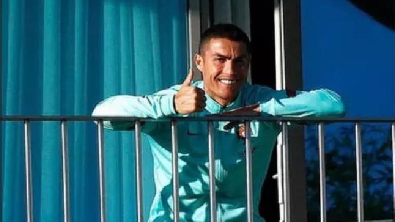 Positif Covid-19 Ronaldo Dipulangkan ke Juventus