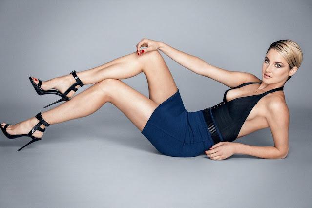 Shailene woodley feet