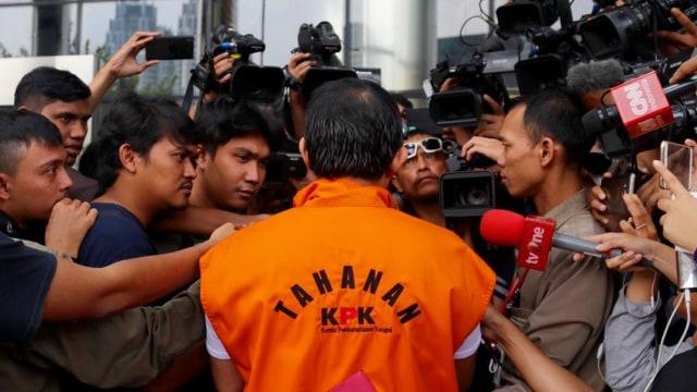 Pengamat: Era Jokowi Jadi Ajang Kekuasaan Para Koruptor