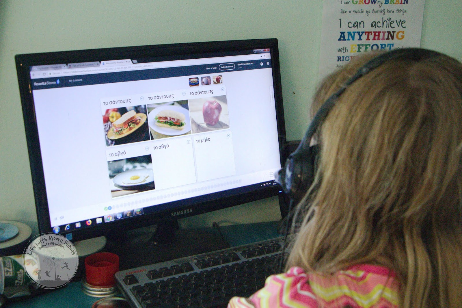 Students learn foreign language online.