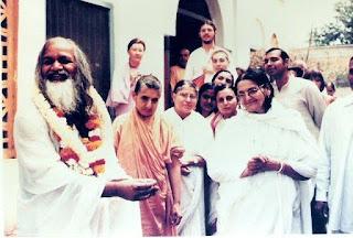 Maharishi 1981 at ma's ashram?