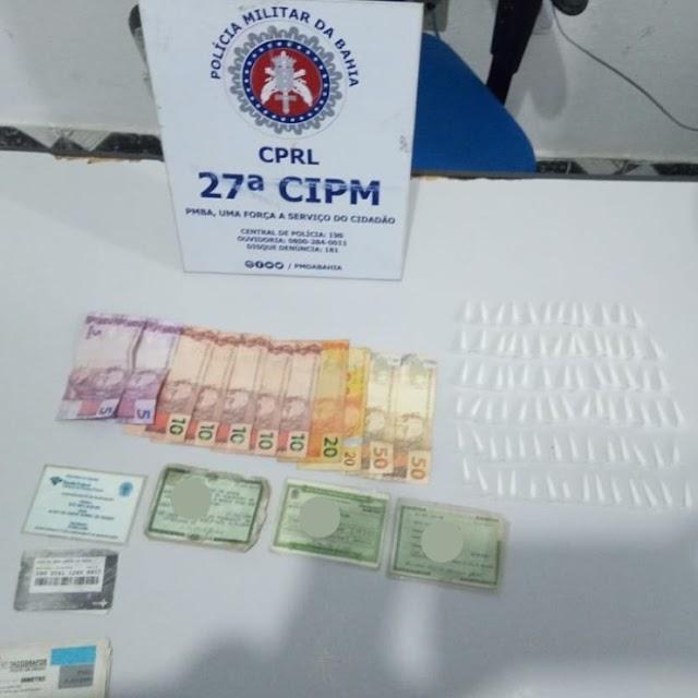 27ª CIPM apreende drogas e dinheiro em Cabaceiras do Paraguaçu/BA
