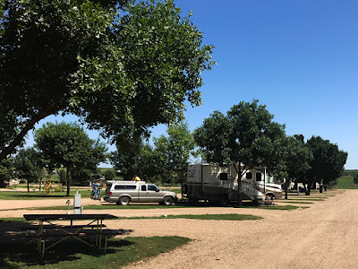 We Really Like This RV Park - New Frontier RV Park